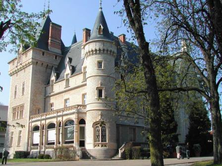 chateau_bocuse.jpg